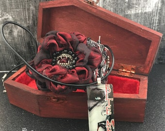 Vampire Cuff and Pendant Gift Set in Coffin Box - Vampire Pendant and Cuff Bracelet Gift Set