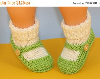 HALF PRICE SALE Instant Digital File pdf download Knitting pattern- Baby One Button Sock and Slipper Booties pdf download knitting pattern