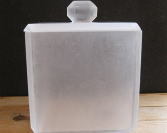 Unusual Vintage Frosted Lucite Ice Bucket