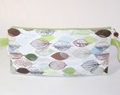 Branching Out Leaves in Green and Brown Anna Clutch