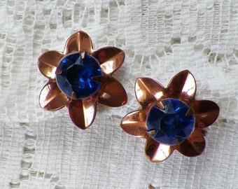 Vintage Copper Screw Back Earrings with Sapphire Blue Rhinestone Center, Coppery, Rhinestones, Dark Blue, Flower / Flowers / Floral