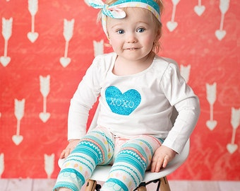 SALE-Girls Valentines Day Outfit - XOXO leggings, shirt, and turban - from Mellon Monkeys