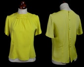 Vintage 1950s Yellow Crepe Top - FREE SHIPPING WORLDWIDE