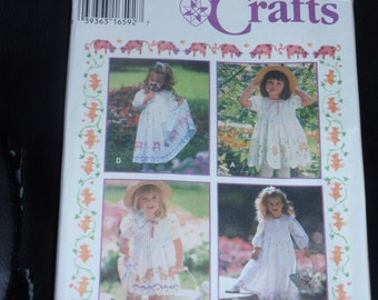Simplicity 9403 Pattern - Toddlers' Stenciled Dress  Size 1 to 4   New - Uncut