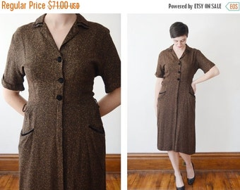 SUMMER SALE 1950s Golden Flecked Shirtwaist Dress - M