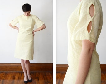 1960s Yellow Lace Dress with Cutout Sleeves - M