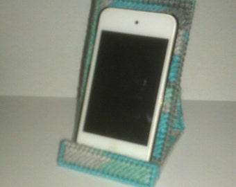 Handmade Cell Phone or Ipod Holder Plastic Canvas Icelandic Color