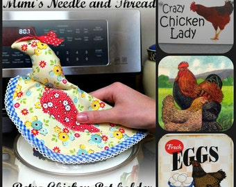 Set of 2 retro chicken pot holders
