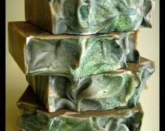 Green Tea & Aloe Soap — Handmade Cocoa Butter Shea Butter Soap, Aloe Vera Soap, Vegan soap — Gift for Mom and Dad, Wife, Husband — Skin Care