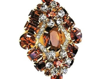 Juliana DeLizza and Elster Amber and Gray Brooch