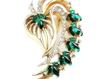 Reja Emerald Molded Glass and Clear Rhinestone Brooch
