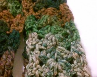ON SALE NOW, Thick Chunky Soft Scarf, Green Mix Scarf, Chunky Scarf, Soft Scarf, Crochet Scarf,