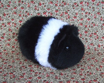 Black and White Toy Guinea Pig Handmade Plush Toy