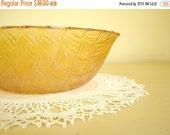 Vintage Marigold basket weave bowl, 1970s Indiana Glass Co. iridescent gold Weavetex basketweave serving bowl, fruit bowl or chip bowl