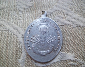Antique Religious Our Lady of Sorrows Medal Mater Dolorosa Virgin Mary