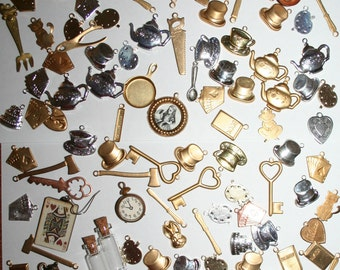 Large lot of Alice in Wonderland/Through the Looking Glass Charms