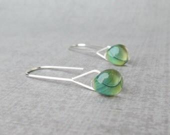 Agave Green Minimalist Earrings, Silver Wire Earrings Green, Lampwork Earrings, Green Earrings, Long Dangle Earring, Sterling Silver Earring