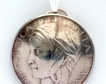Italian Coin Pendant Woman Portrait Vintage Necklace Italian Jewelry Unique World Travel Italian Charms Italian Jewelry Made in Italy