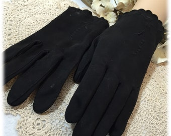 Vintage Ladies Black Finger Gloves, Made in Germany  USA Zone, Size 6 1/2, Cool Weather Hand Protection