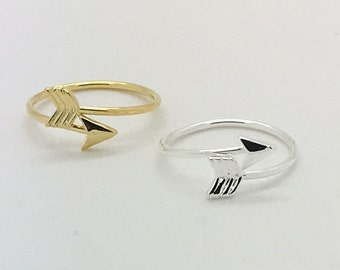 Gold  or Silver arrow adjustable ring - arrow ring gold - dainty - comes in a silver gift box