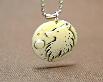 Sterling Silver Wolf Medallion Necklace Capturing the Spirit of the Wild