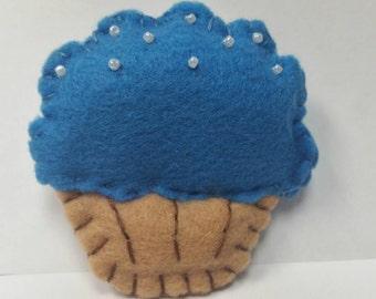 Cupcake, cupcake keychain, keychain, blue cupcake, plush keychain,