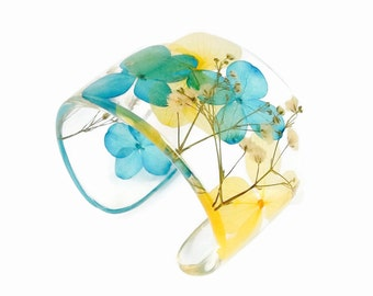 Eco Resin Cuff.  Resin Bracelet with Blue and Yellow Hydrangeas and Baby's Breath. Cuff Bracelet.  Botanical Resin Jewelry Size Large XL