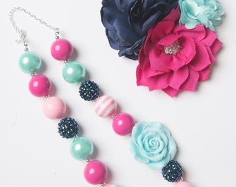 Navy necklace, Pink bubblegum necklace, girl necklace, chunky bead necklace, bubble gum necklace, toddler necklace, baby girl necklace