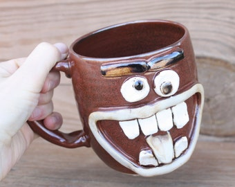 Buck Teeth Face Mug. 24 Oz Oversize Large Beer Stein. Ceramic Stoneware Pottery. Big Coffee Cup in Cinnamon Spice Red Brown. Gifts for Him.