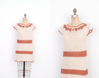Vintage 1970s Dress / 70s Crocheted Mini Dress / Cream and Pink (XS extra small)