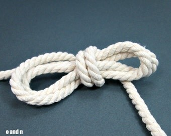 Twisted cotton cord, 8 mm, white, 2 meters
