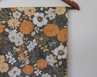 sparkles...vintage floral lame fabric