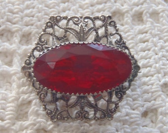 Vintage Brooch Silver Tone Filigree Red Stone C Clasp