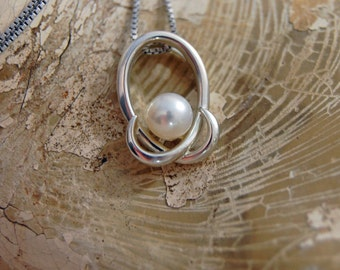 Kalli - Glowingly beautiful white Akoya pearl hug pendant set in solid Rhodium plated Sterling silver, pearl pendant, gift, Mother's Day