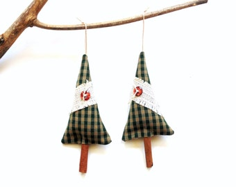Cinnamon stick pine tree sachet ornament, festive Christmas tree, scented sachet gift under 10, holiday home decor, balsam pine cinnamon mix