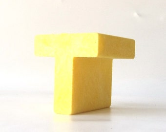 vintage 1970's yellow letter T uppercase tuff stuff composition composite decorative home decor retro personalized initial standing old toy
