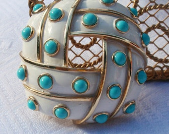 Trifari White Enamel Brooch with Turquoise colored Cabochans