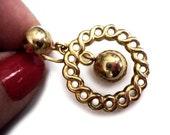 1960s Screw Back Dangle Earrings - Ball and Woven Gold Metal Earrings - Non Pierced Screw On Earrings - Dangling Gold Ball Metal Earrings