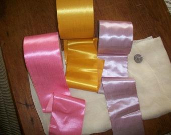 1 yd. Stunning 1800s silk antique ribbon