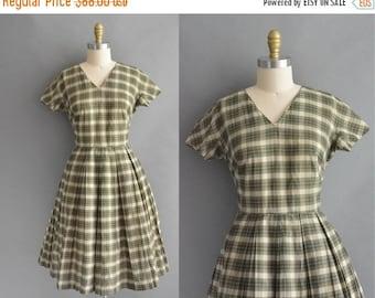 25% off SHOP SALE... vintage 1950s dress / 50s green plaid cotton full skirt vintage dress