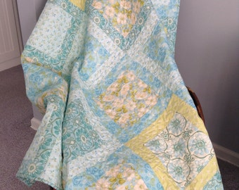 QUILTED TEAL And LIME  Quilt, Square-In-A-Square,  Lap Quilt, Wall Warmer, Floral Fabrics