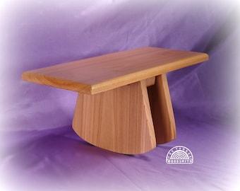 Adjustable Tilt meditation stool (Big Foot)