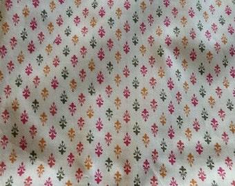 Vintage Quilting fabric Cotton Fleur de lis Tulip lily pink green gold