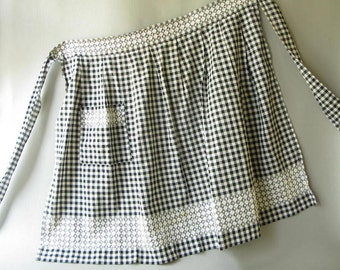 Vintage Apron Gingham Black White, Cross stitch, Embroidered