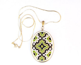 DIY Needlepoint Jewelry Kits: Medallion Pendant