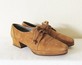 50% OFF SALE Vintage Caramel Leather Oxfords / Size 5 1/2 Preppy Ladies Shoes / Ellen Tracy Platform Heels