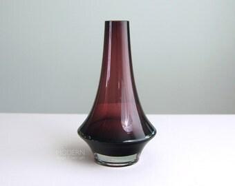 Vintage Riihimaki 1379 Purple Glass Vase by Erkkitapio Siiroinen