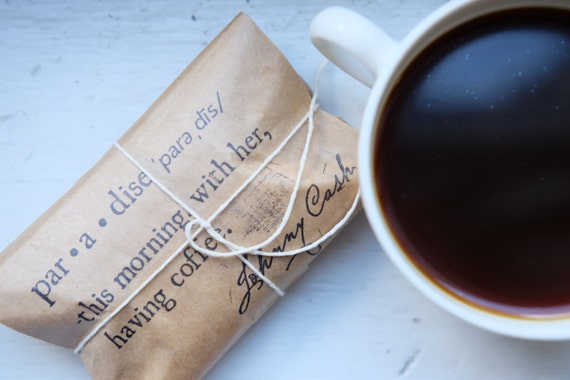 Rustic Wedding Favors. Unique freshly roasted coffee favors. Set of 30 with Custom Stamp.
