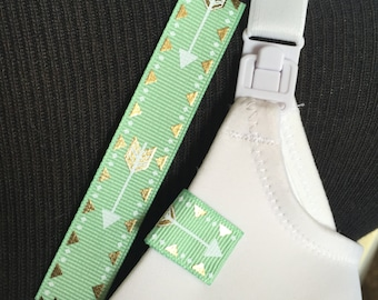 Mammary Minders Nursing Reminder in pale green with metallic arrow (E1)