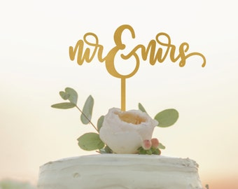 Mr and Mrs Cake Topper - Personalized Wedding Cake Topper - Custom Cake Topper - Cursive Cake Topper - Custom Mr Mrs Cake Topper